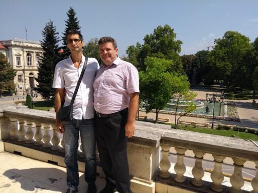 Prof. dr. sc. Teodor Iliev (lijevo) s dekanom Veleučilišta Nenadom Sikiricom, v. pred. prigodom posjeta Sveučilištu u Ruseu, Bugarska